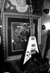 Jimi Hendrix' guitar at the Hard Rock cafe!